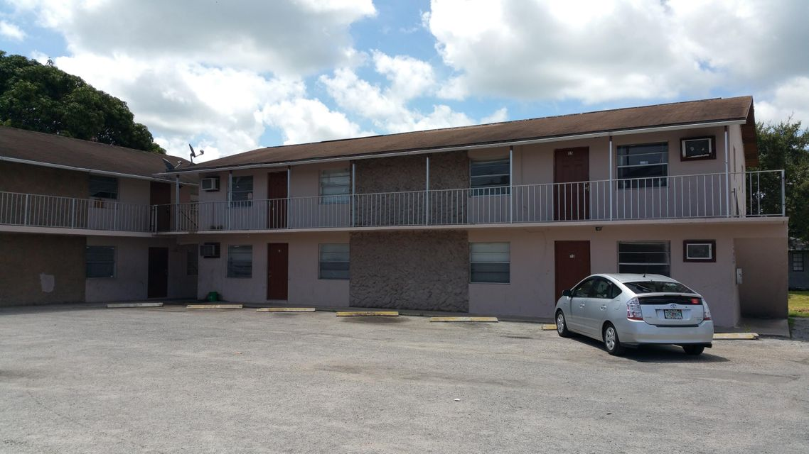 241 NW 11th Street 1-16, Belle Glade, FL 33430