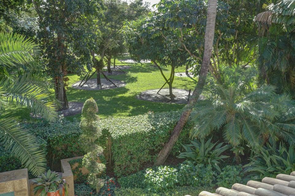2405 E Maya Palm Drive