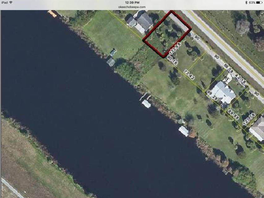 Additional photo for property listing at 10384 Us Highway 441 Highway SE 10384 Us Highway 441 Highway SE 奥基乔, 佛罗里达州 34974 美国