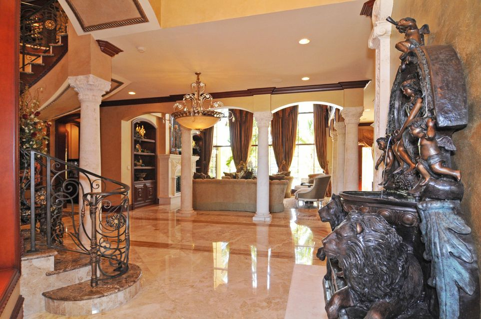 Additional photo for property listing at 299 NE Spanish Trail  Boca Raton, Florida 33432 United States