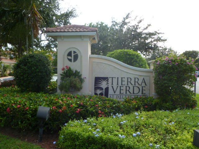 Additional photo for property listing at 2016 Alta Meadows Lane 2016 Alta Meadows Lane Delray Beach, Florida 33444 Estados Unidos