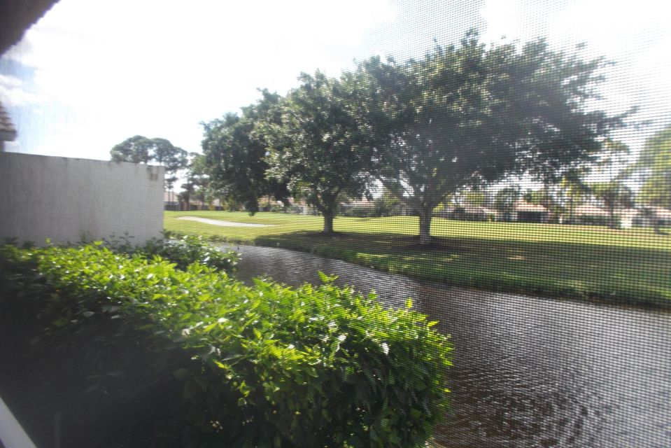 5497 Fountains Drive