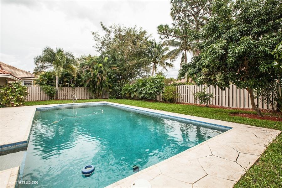 10 Bentwood Palm Beach Gardens Fl 33418 Rx 10199297 In Pga National
