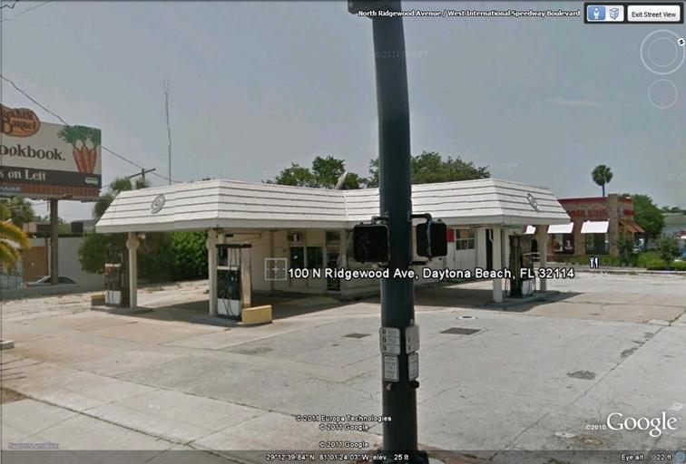 Commercial / Industrial للـ Sale في 100 N Ridgewood Avenue Daytona Beach, Florida 32114 United States