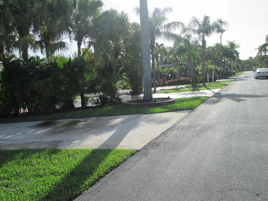Additional photo for property listing at 6500 N Military Trail  West Palm Beach, Florida 33407 États-Unis