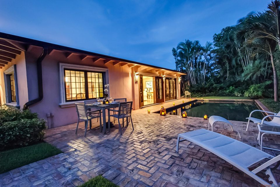 Additional photo for property listing at 216 Angler Avenue 216 Angler Avenue Palm Beach, Florida 33480 United States