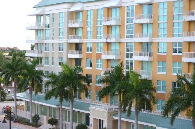 625 Casa Loma Boulevard 504, Boynton Beach, FL 33435