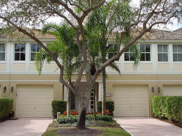 5843 NW 40th Terrace is listed as MLS Listing RX-10201853 with 20 pictures