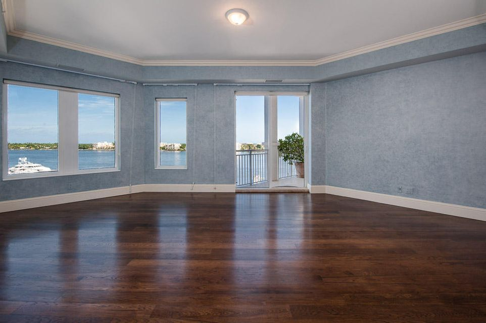 Additional photo for property listing at 622 N Flagler Drive 622 N Flagler Drive West Palm Beach, Florida 33401 United States