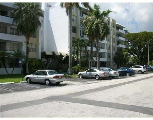 1080 94th Street 406, Bay Harbor Islands, FL 33154