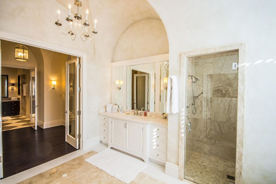 Additional photo for property listing at 107 W Bears Club Drive 107 W Bears Club Drive Jupiter, Florida 33477 United States