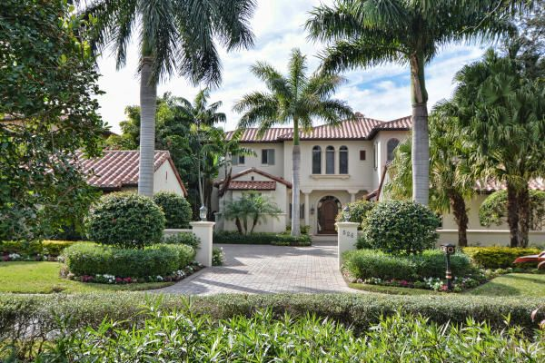 Single Family Home for Sale at 526 Bald Eagle Drive 526 Bald Eagle Drive Jupiter, Florida 33477 United States