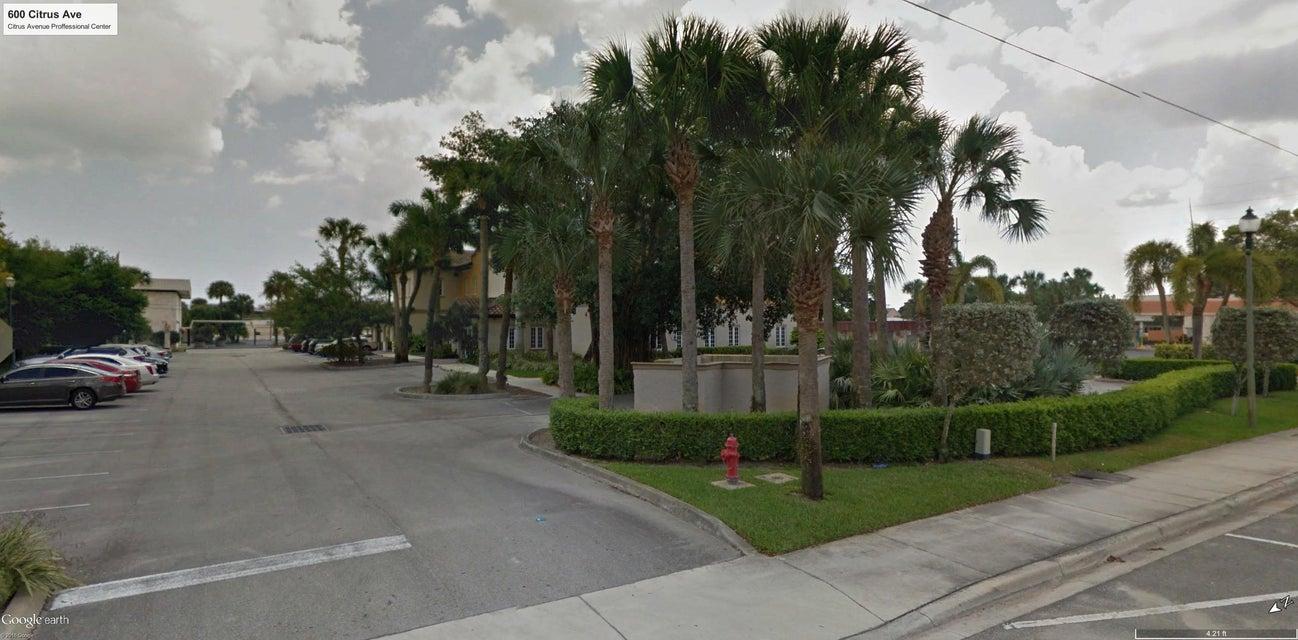 Additional photo for property listing at 600 Citrus Avenue 600 Citrus Avenue Fort Pierce, Florida 34950 United States