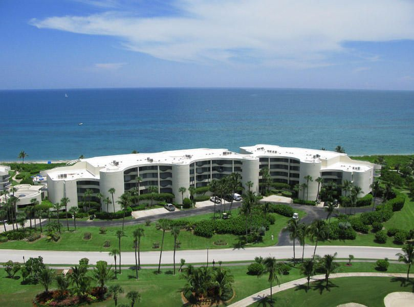 2001 SE Sailfish Point Boulevard 202, Stuart, FL 34996