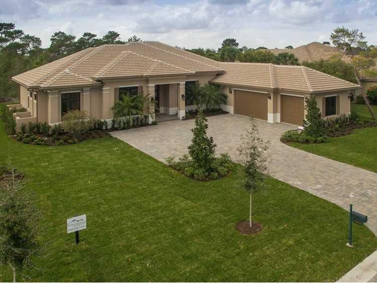 واحد منزل الأسرة للـ Sale في 10046 SE Sandpine Lane Hobe Sound, Florida 33455 United States
