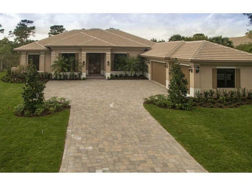 Additional photo for property listing at 10046 SE Sandpine Lane  Hobe Sound, Florida 33455 United States