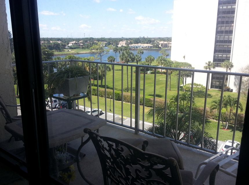 Additional photo for property listing at 336 Golfview Road 336 Golfview Road North Palm Beach, Florida 33408 United States