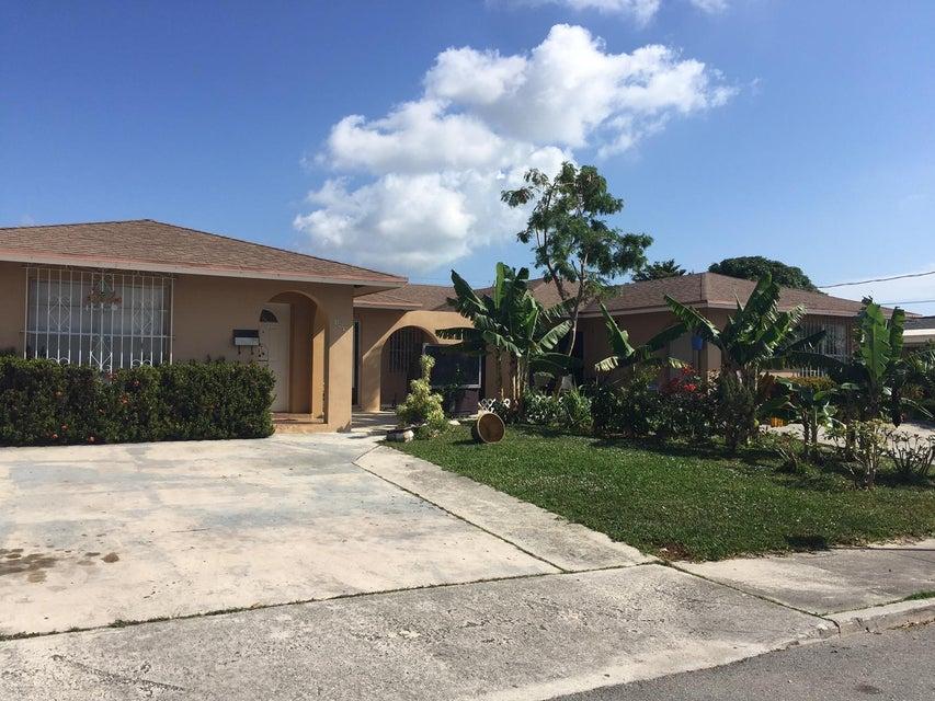 849 Kaye Street  West Palm Beach, FL 33405