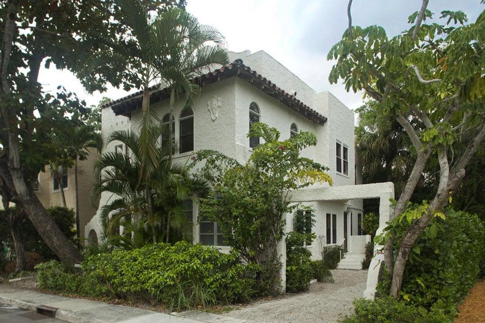 251 Park Avenue - Palm Beach, Florida