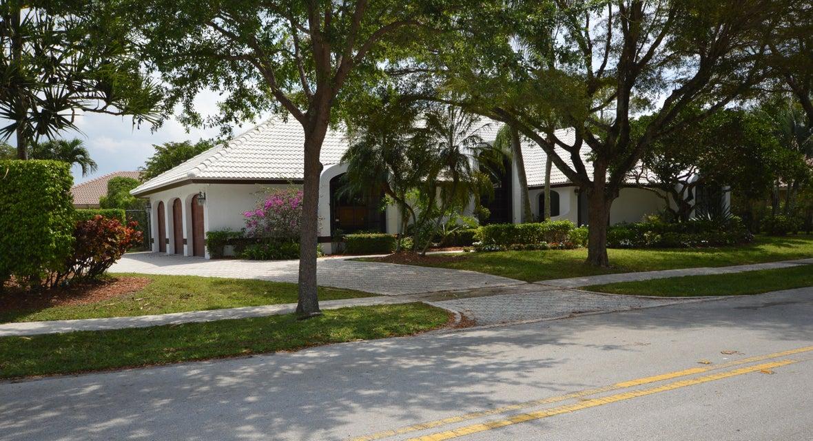 2940 NW 27th Avenue, Boca Raton, FL 33434