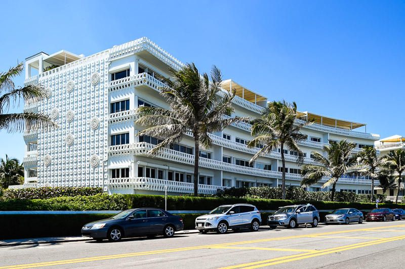 Additional photo for property listing at 300 S Ocean Boulevard 300 S Ocean Boulevard Palm Beach, Florida 33480 Estados Unidos