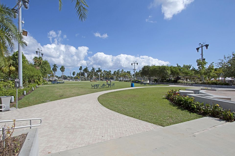 Flagler Promenade North West Palm Beach Mls