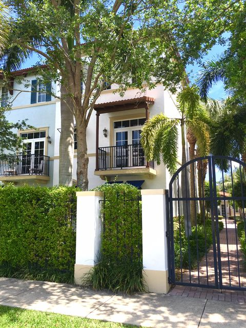 3241 Estancia Lane, Boynton Beach, FL 33435