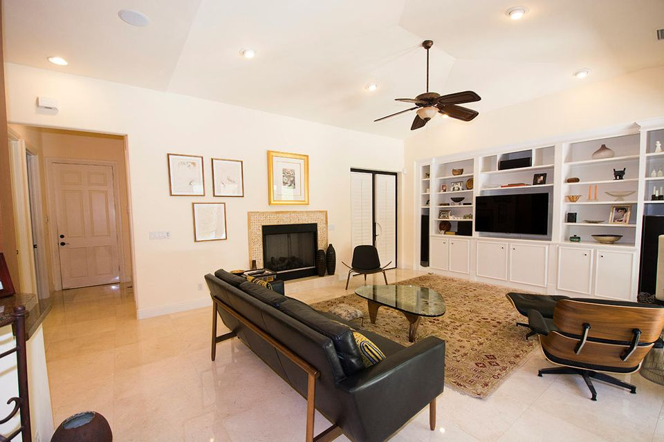 Additional photo for property listing at 201 Palmetto Lane 201 Palmetto Lane West Palm Beach, Florida 33405 United States