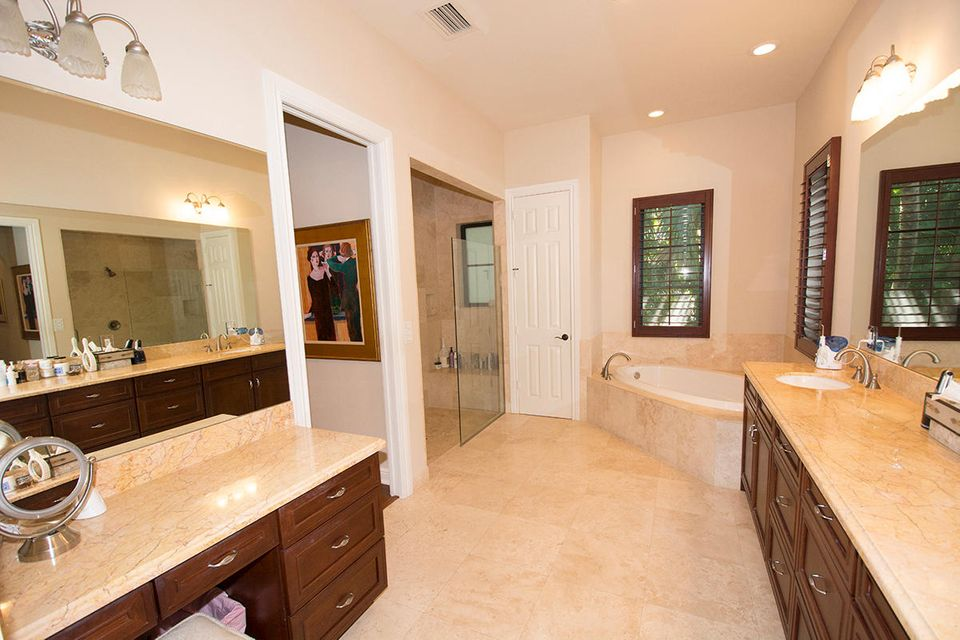 Additional photo for property listing at 201 Palmetto Lane  West Palm Beach, Florida 33405 United States
