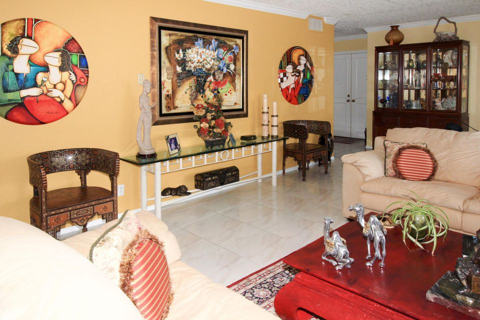 Additional photo for property listing at 1180 S Ocean Boulevard  Boca Raton, Florida 33432 United States