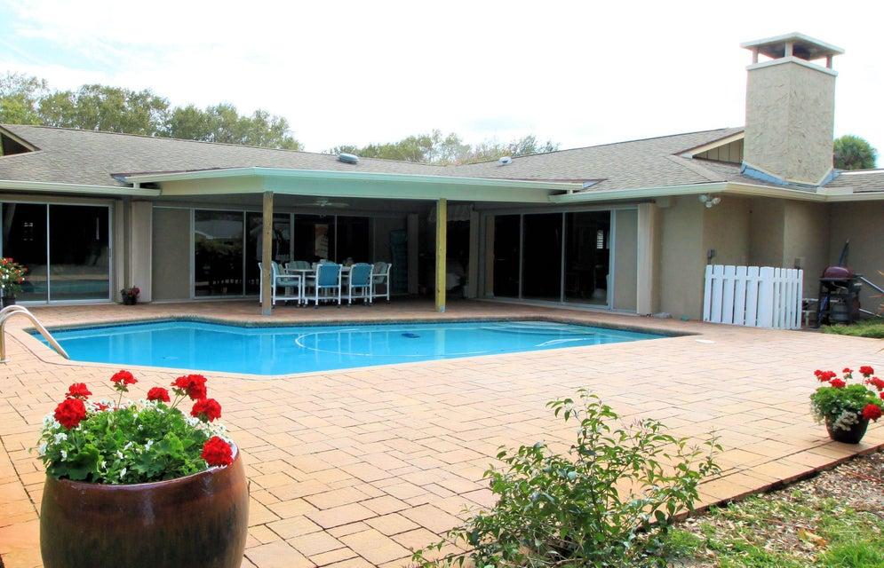 8 Copaire Drive, Stuart, FL 34996