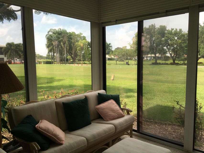 Additional photo for property listing at 28 Stratford Lane 28 Stratford Lane Boynton Beach, Florida 33436 Estados Unidos