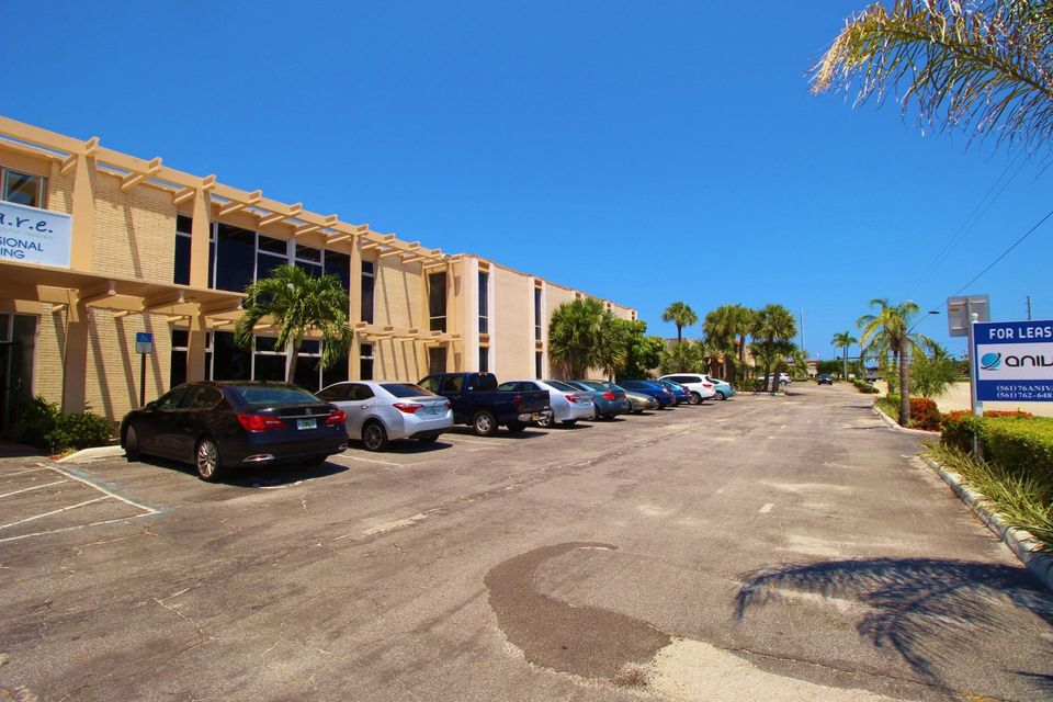 办公室 为 出租 在 321 Northlake 321 Northlake 北棕榈滩, 佛罗里达州 33408 美国