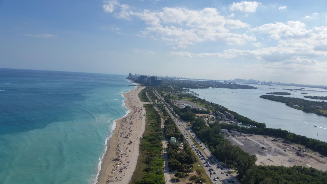Additional photo for property listing at 15811 Collins Avenue  Sunny Isles Beach, Florida 33160 Estados Unidos