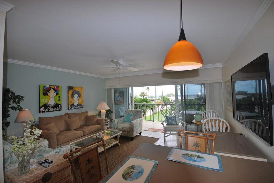 合作社 / 公寓 为 出租 在 150 N Ocean Boulevard 150 N Ocean Boulevard 德尔雷比奇海滩, 佛罗里达州 33483 美国