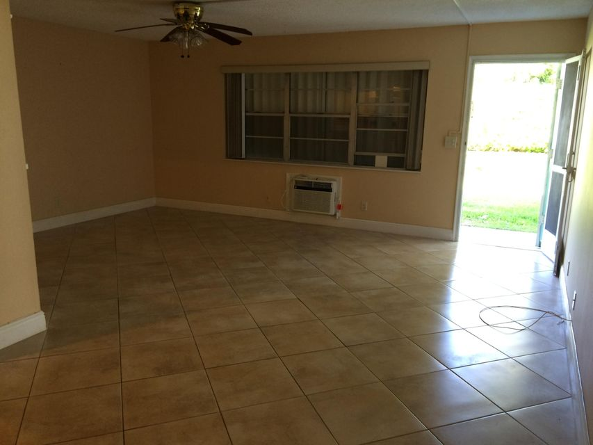 240 Horizons Boynton Beach 33435 - photo
