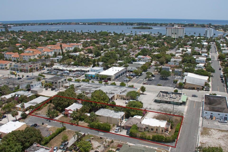 403 Conniston Road  West Palm Beach, FL 33405