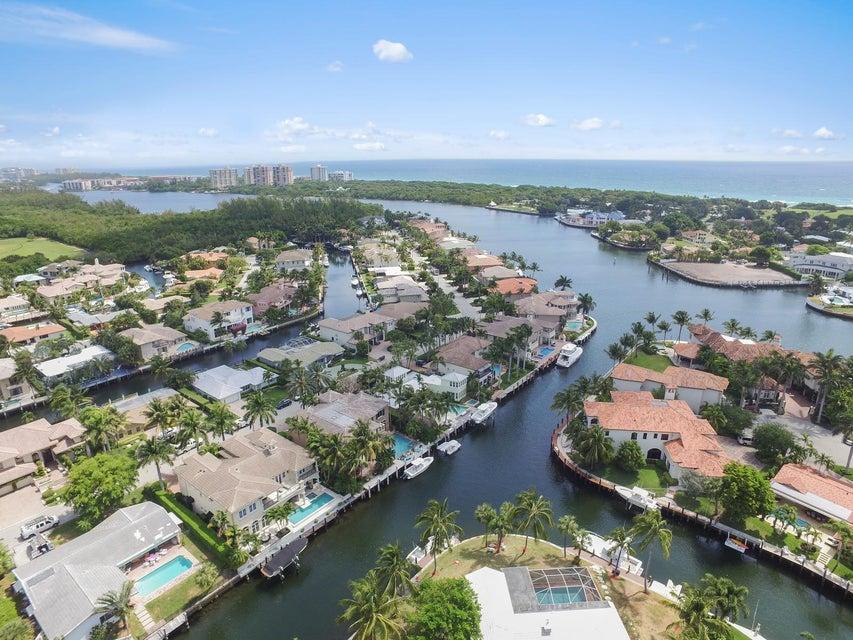 550 Golden Harbour Drive, Boca Raton, FL 33432