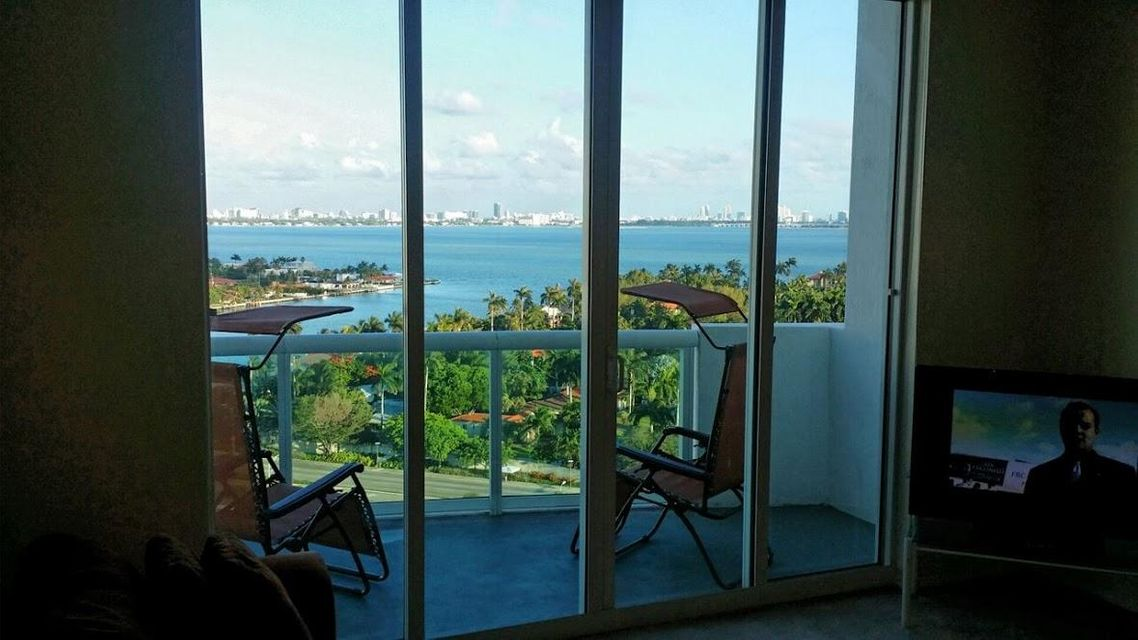Additional photo for property listing at 7900 Harbor Island Drive 7900 Harbor Island Drive Miami Beach, Florida 33141 Vereinigte Staaten