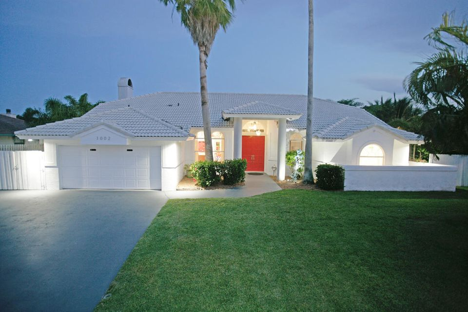 1002 Lake Shore Drive, Delray Beach, FL 33444