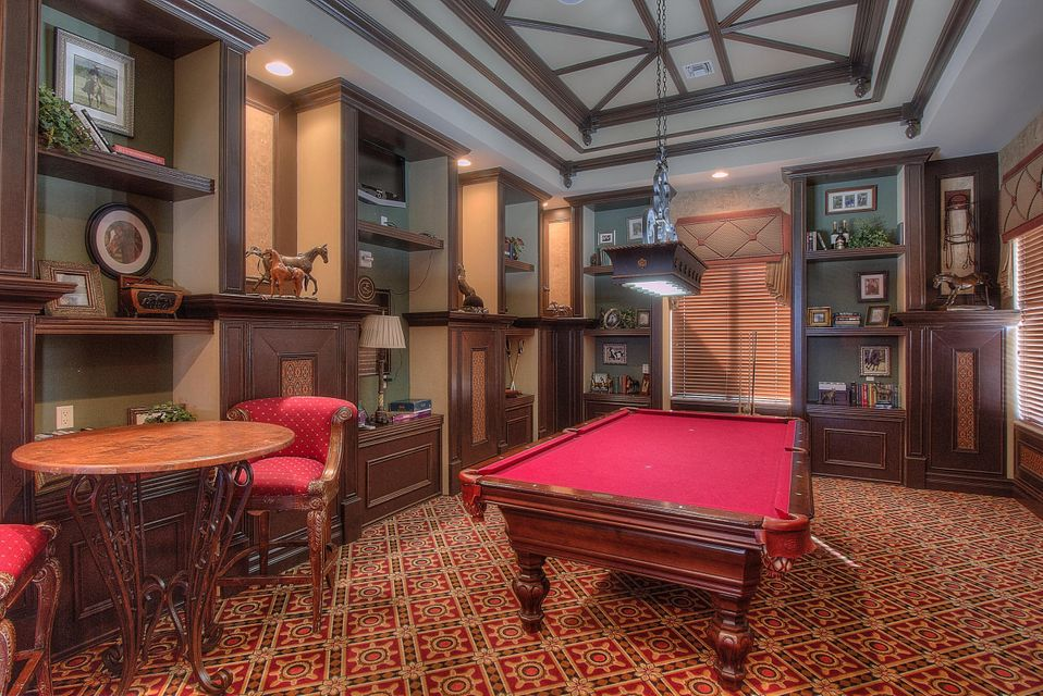 Clubhouse Billiard Room