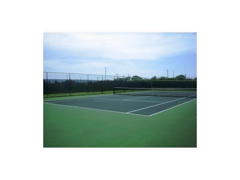 Rainberry tennis court