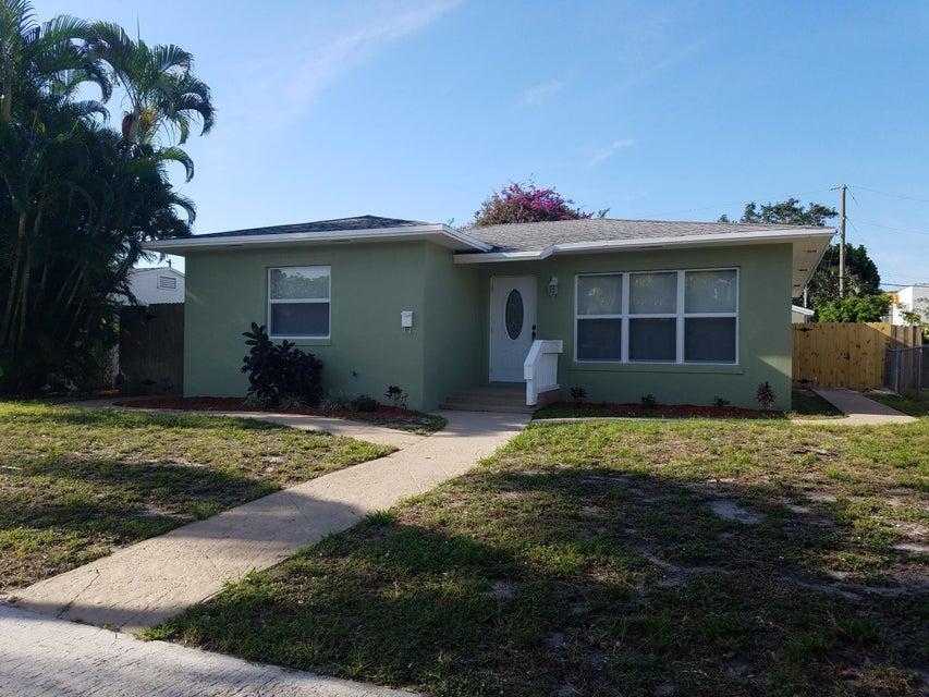 528 37th Street West Palm Beach Fl 33407 Rx 10236635 In