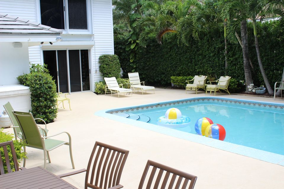 Additional photo for property listing at 1435 N Ocean Way 1435 N Ocean Way Palm Beach, Florida 33480 United States
