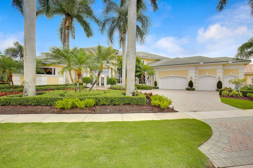 Home for sale in Ibis, Egret Meadow West Palm Beach Florida