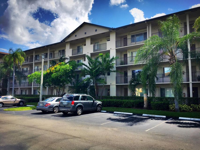 Additional photo for property listing at 850 SW 138th Avenue  Pembroke Pines, Florida 33027 Estados Unidos