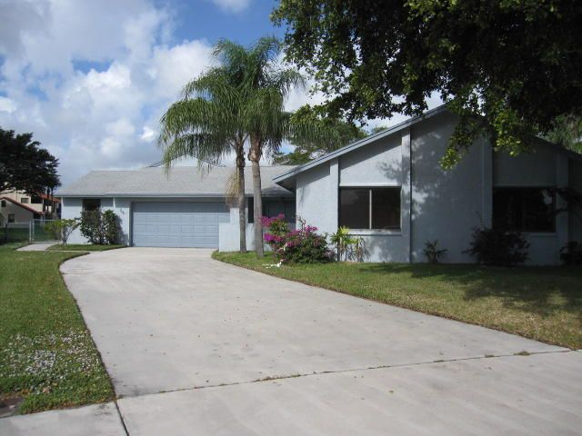 14  Las Islas  is listed as MLS Listing RX-10240267 with 26 pictures