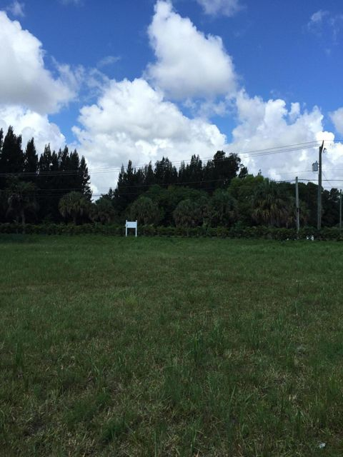 Home for sale in Loxahatchee Gardens Jupiter Florida