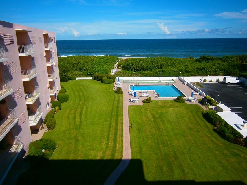 33 S Ocean Avenue 506, Palm Beach Shores, FL 33404