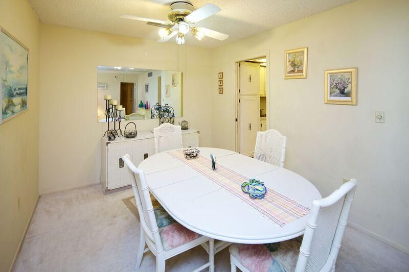 Additional photo for property listing at 3520 S Ocean Boulevard  South Palm Beach, Florida 33480 United States